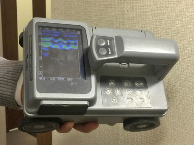鉄筋調査に用いるRCレーダー